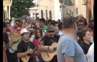 Música y danza sin descanso en 'La Chicharra'
