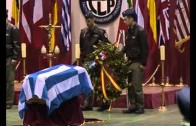 Emotivo adiós en la base a los militares griegos fallecidos