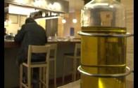 El aceite de oliva, en peligro ante los bajos precios en hipermercados