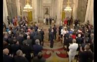 El Rey Don Felipe VI se baja el sueldo, y disminuye un 20% su asignación como Jefe de Estado.