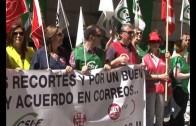 Los trabajadores de Correos continúan movilizándose en la capital