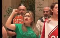 Tregua entre Stop Desahucios y equipo de gobierno popular