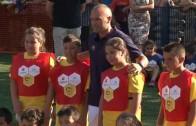 Iniesta inaugura un nuevo Cruyff Court en Fuentealbilla