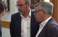 Los sueldos a dedo de Alberto González se quedan sin apoyos
