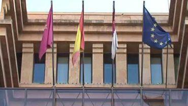 El PP aprobaría hasta 50 contratos para esquivar la nueva ley