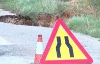 Carreteras tercermundistas con grave riesgo para los vecinos