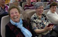 700 voluntarios de Unión Democrática de Pensionistas acompañan a personas mayores