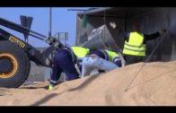 Un trailer corta uno de los accesos a Albacete