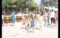 San Pedro Mortero refresca el barrio durante sus fiestas