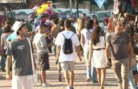 Dos inspectores de consumo de 'pega' en la Feria